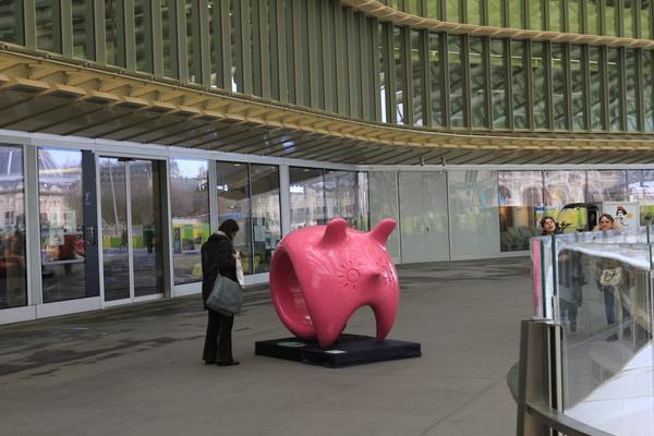 优优人体艺术网罗天下_宁夏频道 网罗天下    数位到场人士建议展览作品不再回国,应留在法国