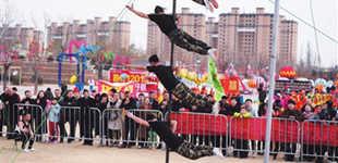 三沙源彩灯文化节吸引5万人次游园