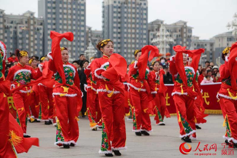 宁夏贺兰:正月初八耍社火 红红火火过大年图片
